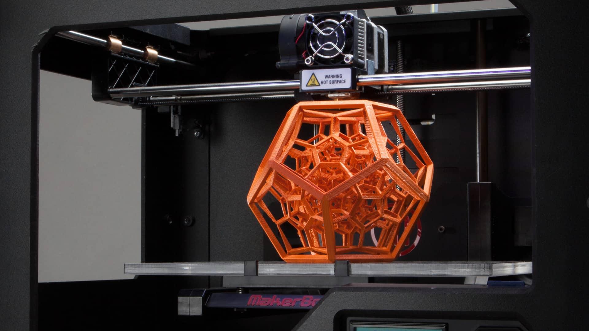 Impression en 3D grâce à l'imprimante 3D